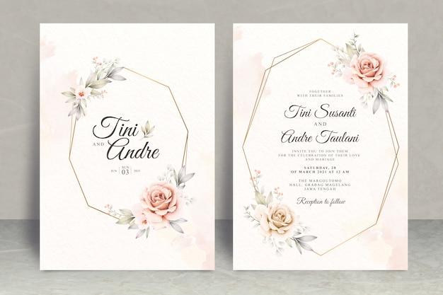 Modelo de conjunto de cartão de convite de casamento elegante com flores rosas