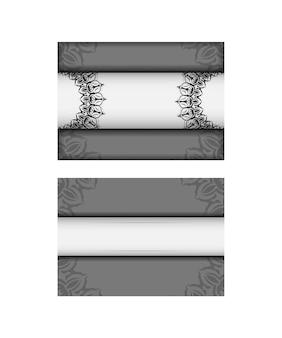 Modelo de convite com espaço para o seu texto e padrões vintage. vector design postcard cores brancas com mandalas.