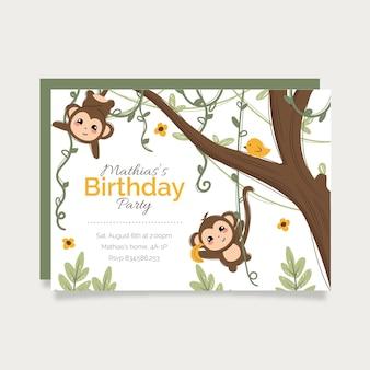 Modelo de convite de aniversário de animais desenhados à mão