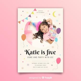 Modelo de convite de aniversário infantil com foto