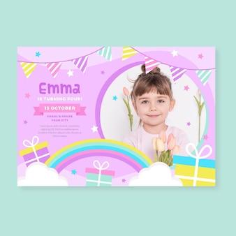 Modelo de convite de feliz aniversário para crianças