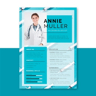 Modelo de currículo médico com foto e texto