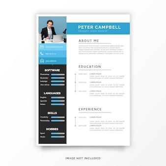 Modelo de currículo profissional com formas azuis