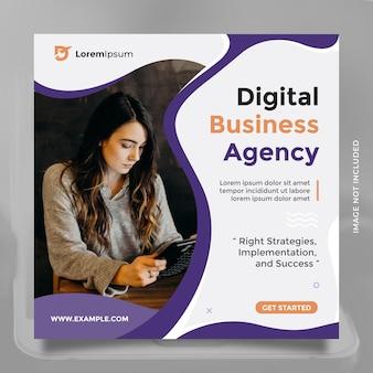 Modelo de design de agência de negócios digitais criativos para postagem em mídia social e banner com cor azul
