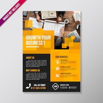 Modelo de design de brochura de negócios criativos