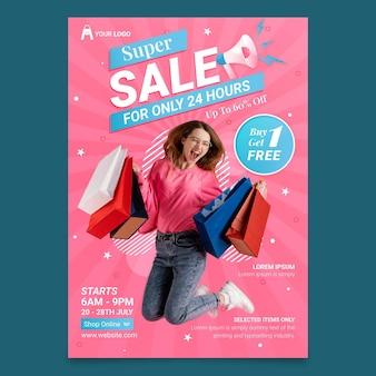 Modelo de design de folheto colorido de venda