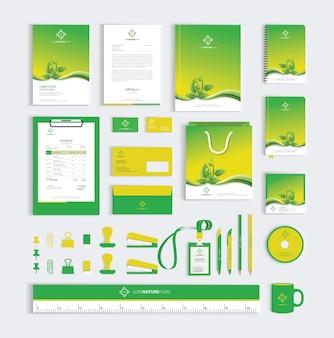 Modelo de design de identidade corporativa com folhas verdes