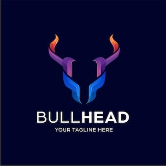 Modelo de design de logotipo colorido de cabeça de touro