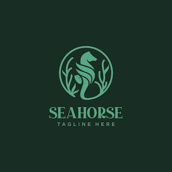 Modelo de design de logotipo de cavalo-marinho gradiente colorido