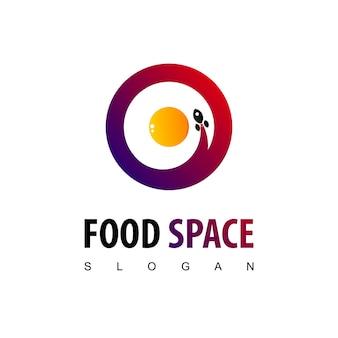 Modelo de design de logotipo de espaço alimentar