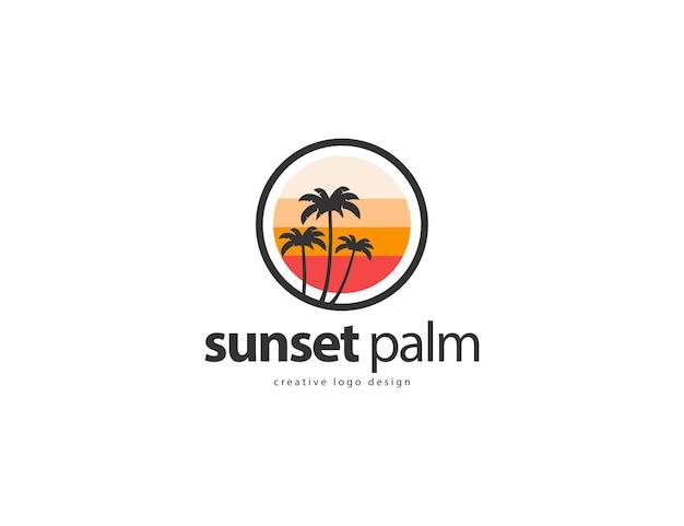 Modelo de design de logotipo de palmeira vintage retrô em fundo branco