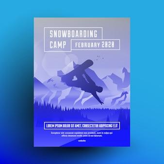 Modelo de design de panfleto ou cartaz de acampamento de snowboard com silhueta escura de piloto de snowboard nas montanhas paisagem de fundo com efeito de sobreposição de gradiente azul.