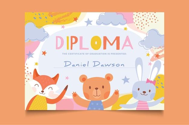 Modelo de diploma com animais fofos para crianças