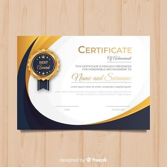 Modelo de diploma criativo com elementos dourados