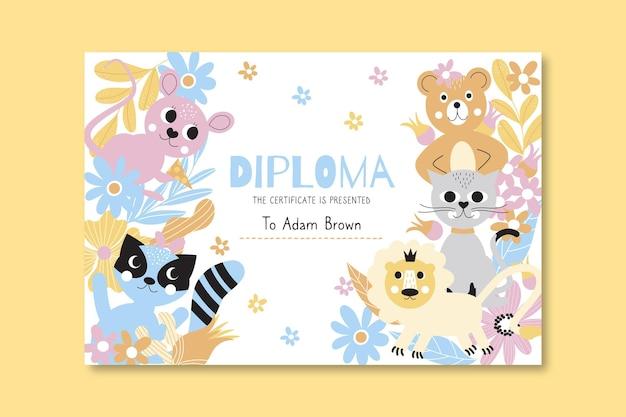 Modelo de diploma para crianças com animais fofos
