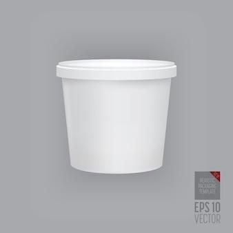 Modelo de embalagem em branco isolado