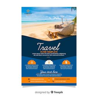 Modelo de folheto - agência de viagens com foto