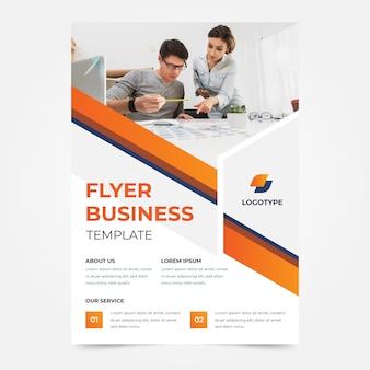 Modelo de folheto - aprendendo e crescendo negócios da empresa