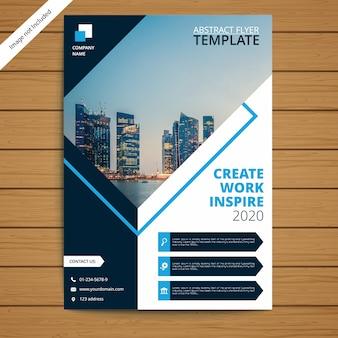 Modelo de folheto - brochura corporativa