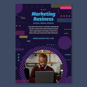 Modelo de folheto comercial de marketing