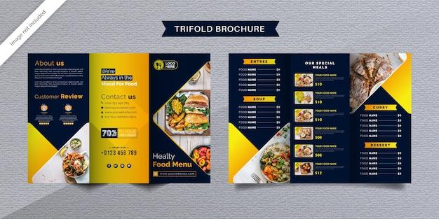Modelo de folheto de alimentos com três dobras. brochura do menu de fast food para restaurante em azul escuro e amarelo.