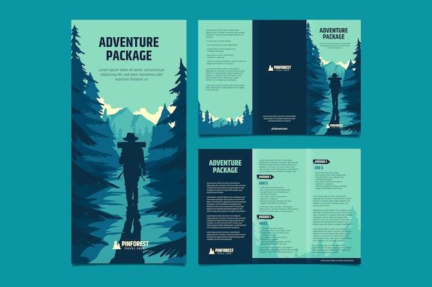 Modelo de folheto de aventura desenhado à mão com três dobras