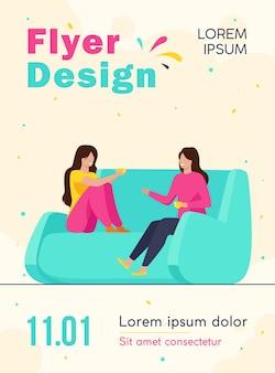 Modelo de folheto de duas amigas se encontrando e conversando em casa
