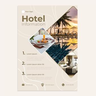 Modelo de folheto de informações de hotel plano vertical