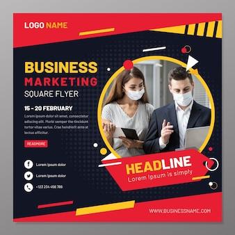 Modelo de folheto de marketing