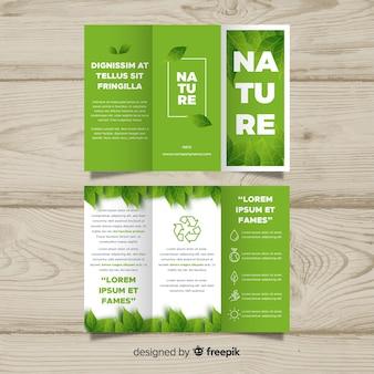 Modelo de folheto de natureza com três dobras