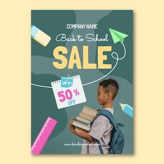 Modelo de folheto de venda vertical plano de volta às aulas com foto Vetor grátis