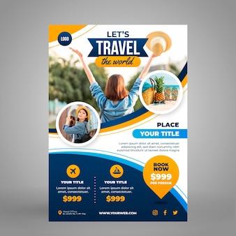 Modelo de folheto de viagem vertical com foto