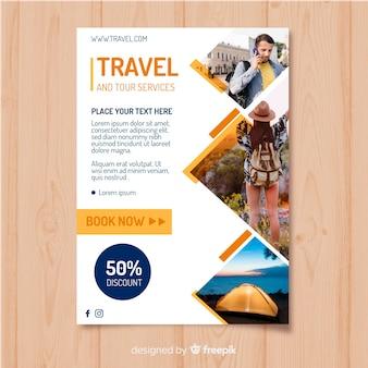 Modelo de folheto de viagens com foto