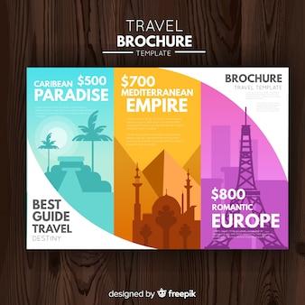 Modelo de folheto de viagens com três dobras