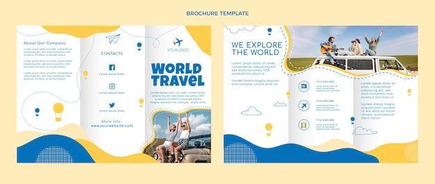 Modelo de folheto de viagens de design plano
