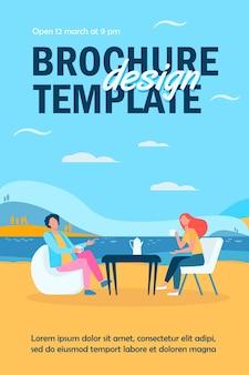 Modelo de folheto do jovem casal tomando café na margem do lago