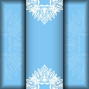 Modelo de folheto em azul com padrão grego branco pronto para impressão.