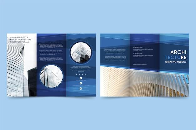 Modelo de folheto mínimo com três dobras