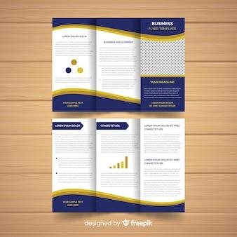 Modelo de folheto moderno com elementos de infográfico