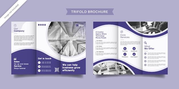 Modelo de folheto profissional com três dobras