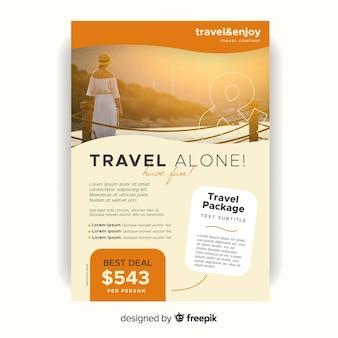 Modelo de folheto sozinho de viagem com foto