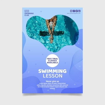 Modelo de folheto vertical de aula de natação