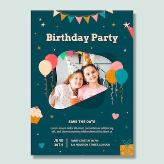 Modelo de folheto vertical de festa de aniversário