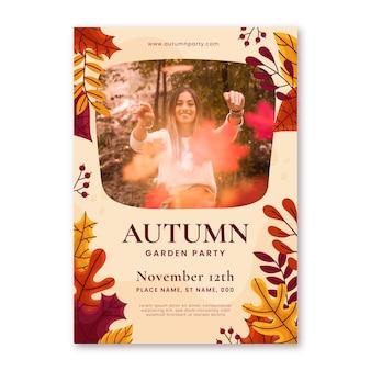 Modelo de folheto vertical de outono desenhado à mão com foto