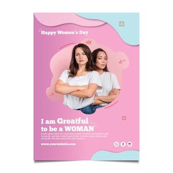 Modelo de folheto vertical para o dia internacional da mulher