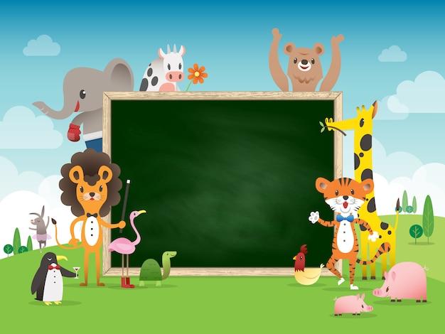 Modelo de fronteira de quadro animal dos desenhos animados com placa de giz verde