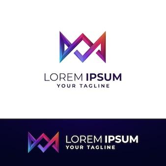 Modelo de logotipo da coroa do gradiente mw