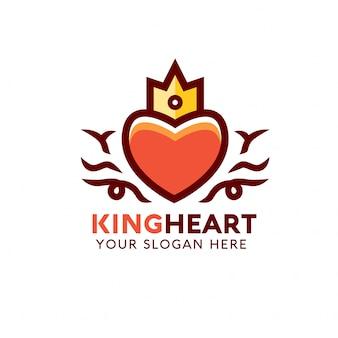 Modelo de logotipo de coração de rei