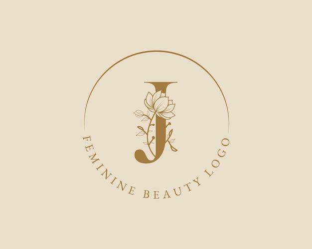 Modelo de logotipo de coroa de louros com letra j botânica feminina para cartão de casamento de salão de beleza de spa