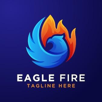 Modelo de logotipo de fogo de águia gradiente